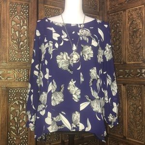 Purple and White Floral Tunic Style Blouse SZ XL
